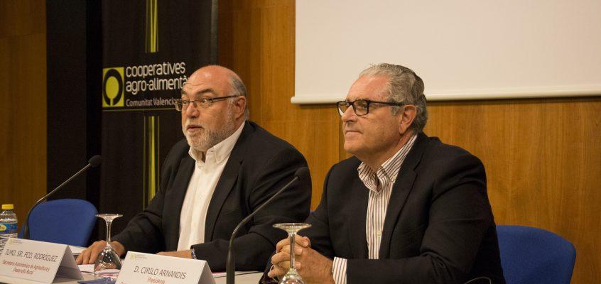 Cooperatives Agro-alimentàries de la CV aborda los retos del cooperativismo agroalimentario valenciano en una jornada celebrada en Alicante