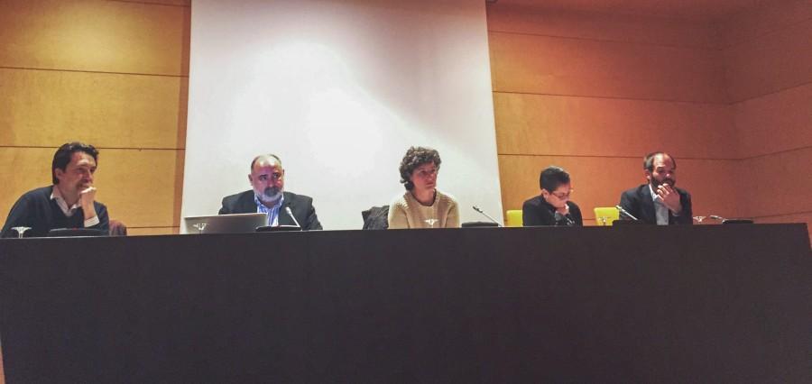NdP 2016-02-16 Las cooperativas piden que se fomente la cooperación empresarial entre los autónomos - FOTO Reunión Mesa de Trabajo en Les Corts