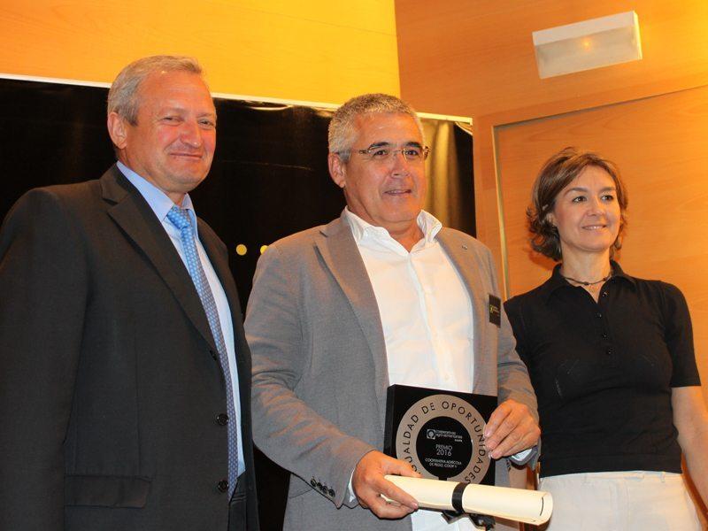 Premio Igualdad - Jose Pastor Presidente Coopego