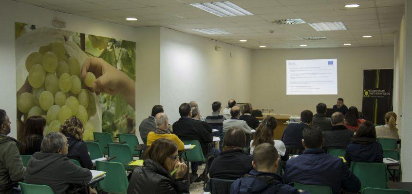 Federació reúne en Monforte del Cid al sector para hablar de sanidad vegetal, higiene, ayudas e inspecciones ITEAF