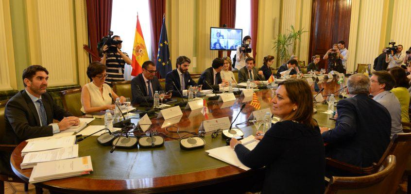 Cebrián plantea al Ministerio de Agricultura un mayor apoyo al IVIA como laboratorio de referencia tras el brote de Xylella