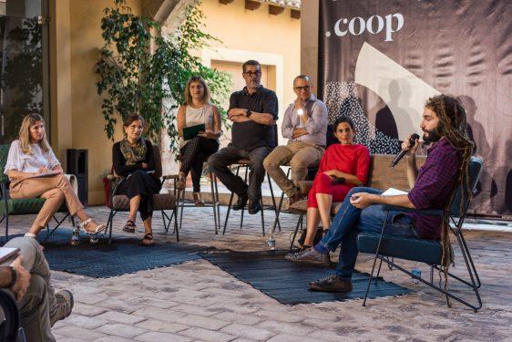 La mesa redonda disseny.coop reflexiona sobre la aplicación del diseño en las cooperativas valencianas